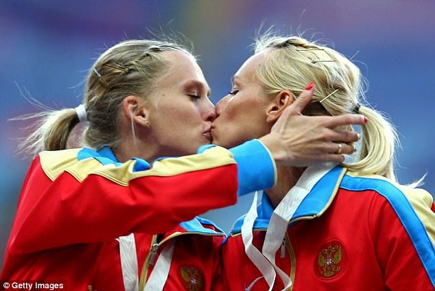 Tatyana-Firova-&-Kseniya-Ryzhova_1ef16